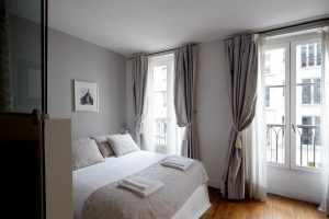 Vacation rentals in Paris – excellent vacation apartments in the city of lights. Photo taken from Booking.com