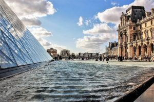 Attractions in Paris: The Louvre museum. Picture taken by Yoel Themanlis